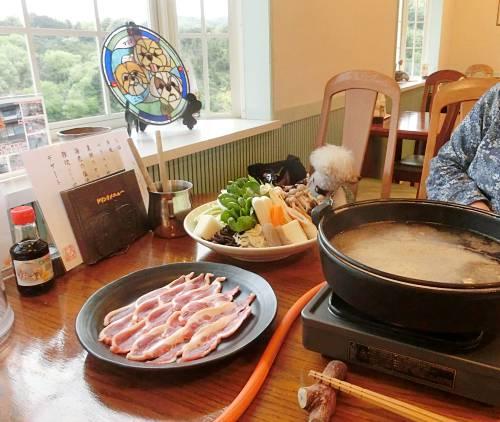 ラハイナの名物の鴨鍋