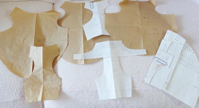 諭吉の犬服の製図