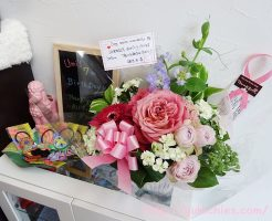 Dog salon Wonderful 10周年記念のお花 うみちゃん7歳のお誕生日