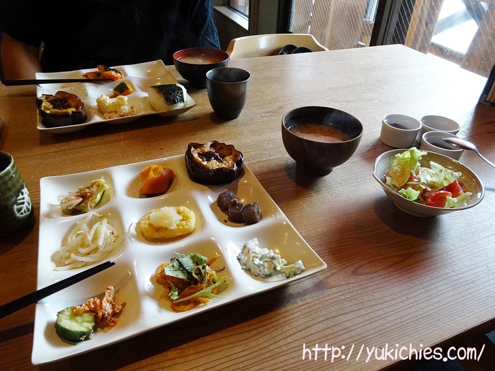 レストラン思風都(レストラン シーフード)cafe sora & Dog salon Wonderfulの1階にあるレストラン