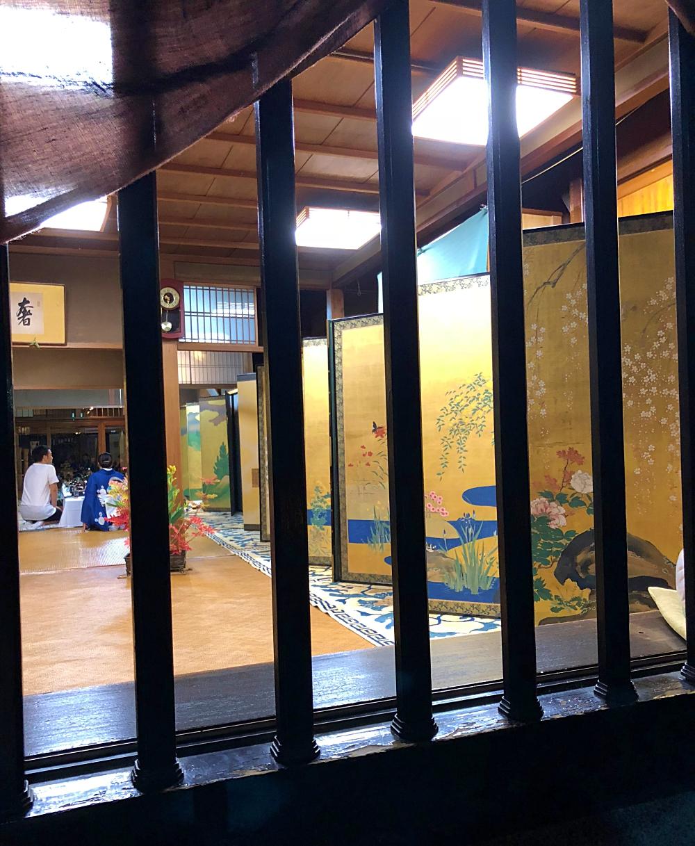 京都祇園祭 藤井絞(株) 金屏風
