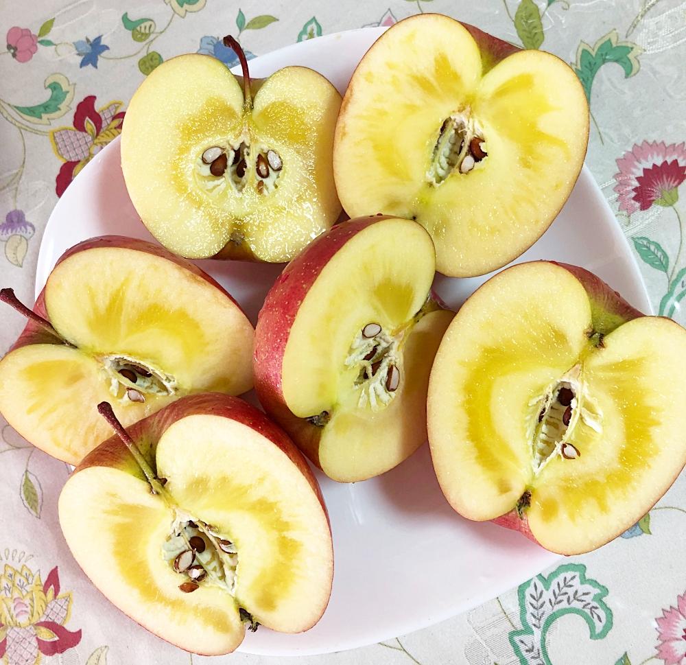 蜜の回ったりんご